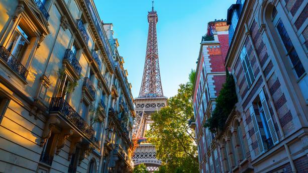 Paris 17 : une foncière privée investit dans un ensemble immobilier mixte commerce/bureau
