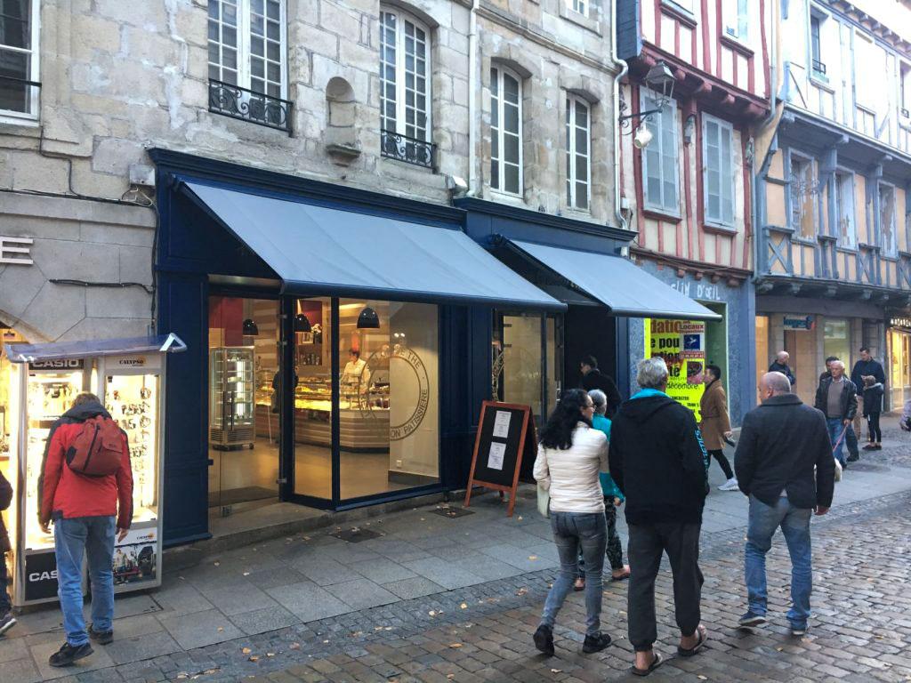 Quimper : Les murs de la Pâtisserie Le Meur changent de mains