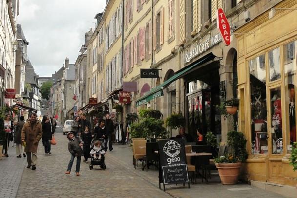 Quimper : Un family office parisien acquiert un immeuble rue Elie Fréron