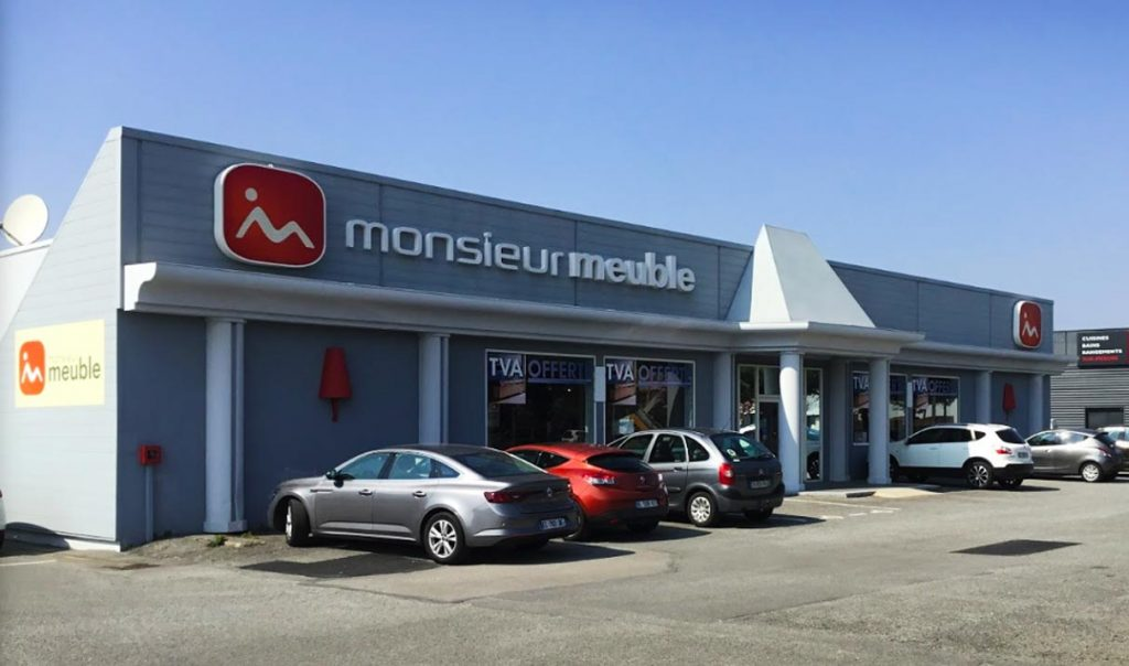 Saint-Nazaire : Un investisseur privé nantais acquiert les murs du Monsieur Meuble