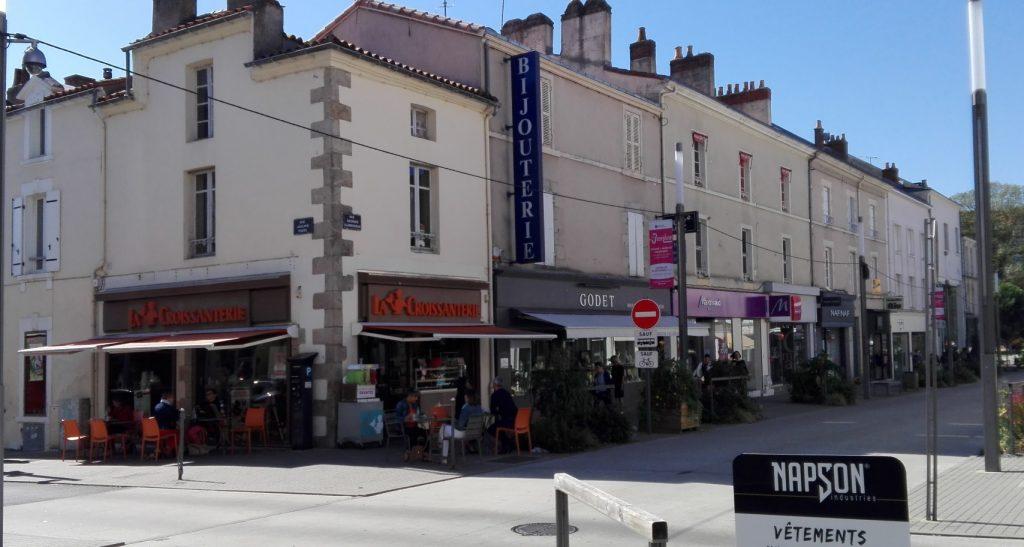 La Roche-sur-Yon : Un investisseur privé acquiert les murs de la Croissanterie