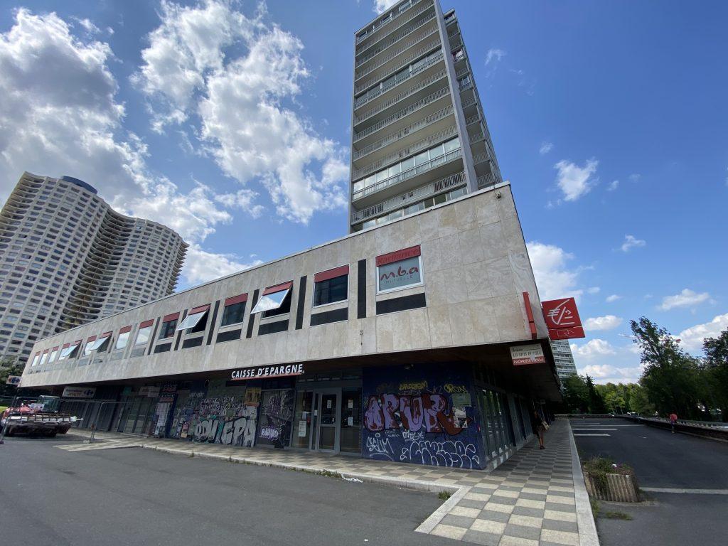 Rennes : un duo d'investisseurs privés s'offre les murs de la Caisse d'Epargne – Bourg l'Evêque